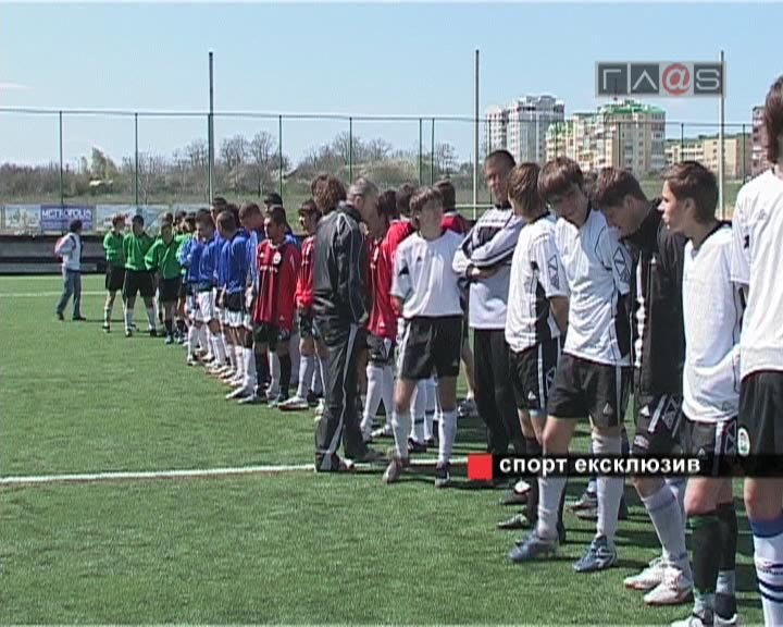 Открытый чемпионат Ильичевска по футболу 2007 // 1 тур