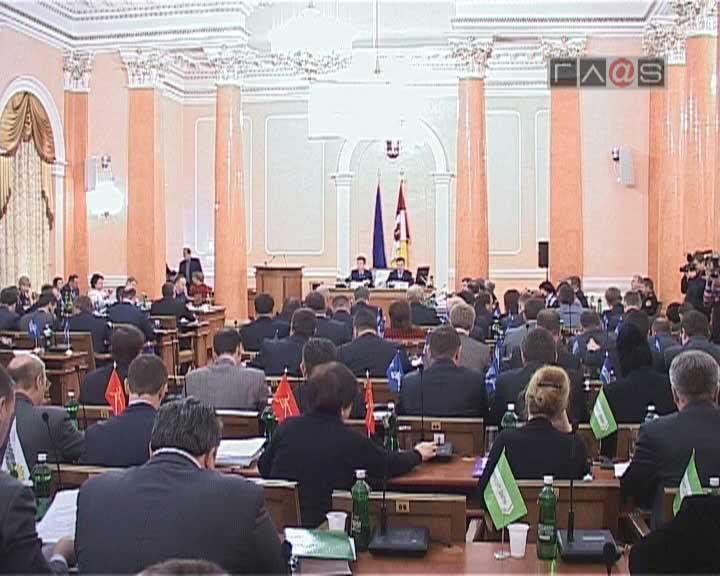 Традиционно сессия городского совета началась с доклада Одесского городского головы.