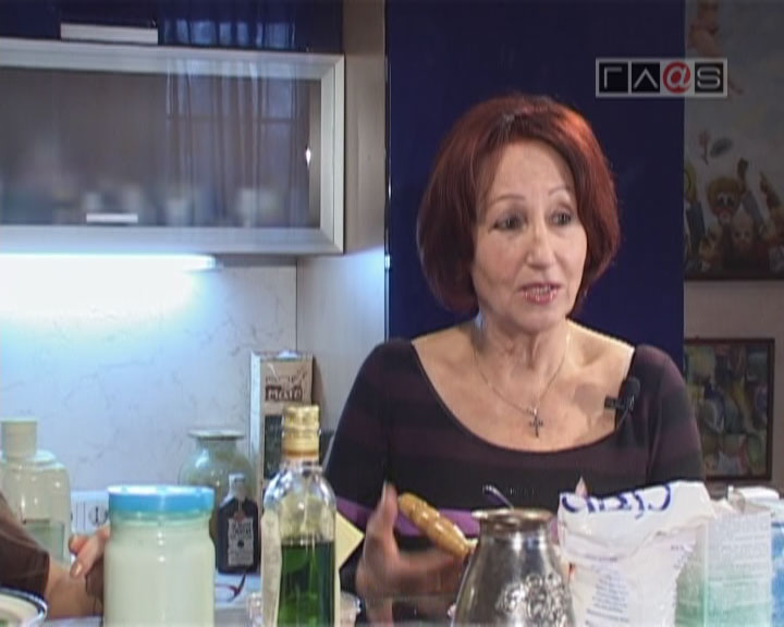 Нелли Калестру