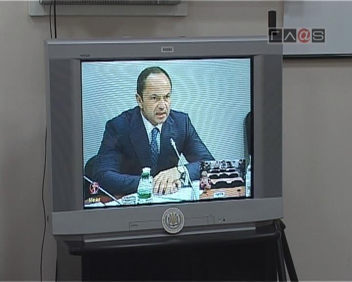 Украинская власть, как никогда, нуждается в хорошем переводчике