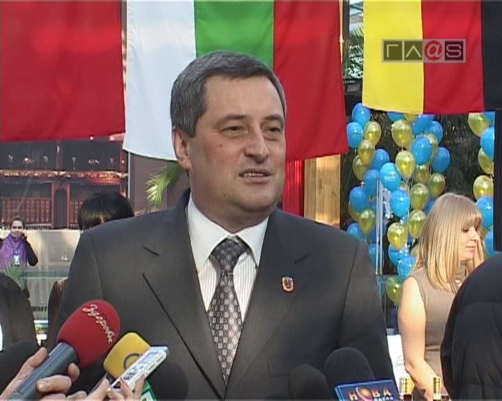 Первая благотворительная дипломатическая ярмарка в Одессе
