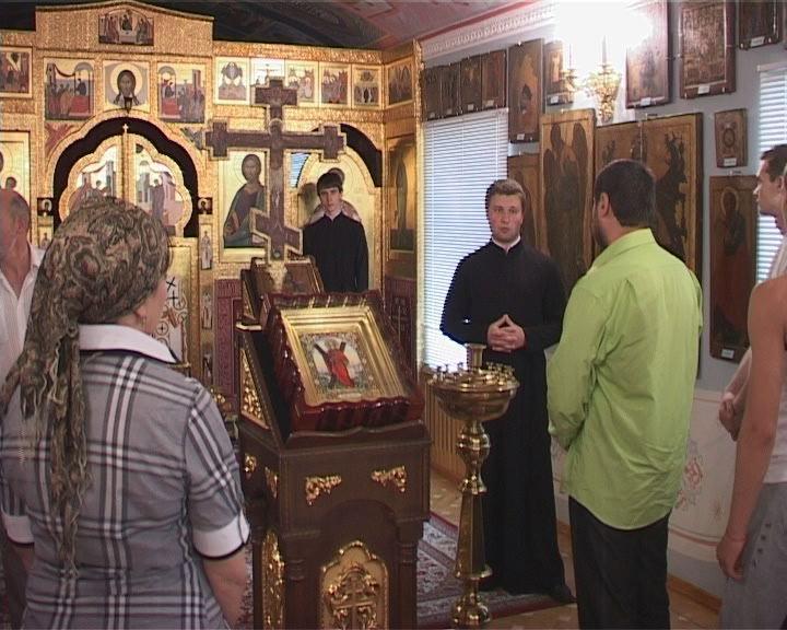 Иностранные журналисты в Свято-Успенском патриаршем мужском монастыре