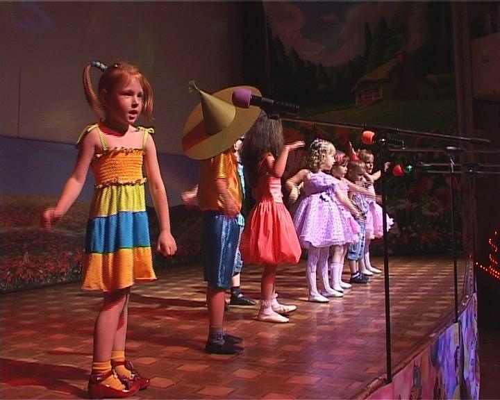 Красочный праздник детских талантов на Слободке