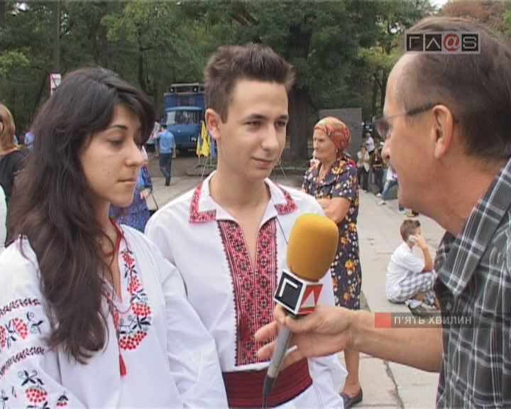 Беседы у памятника Т.Г.Шевченко в День Независимости Украины