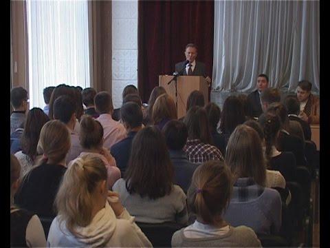 Ученикам 28 школы рассказали о работе медуниверситета