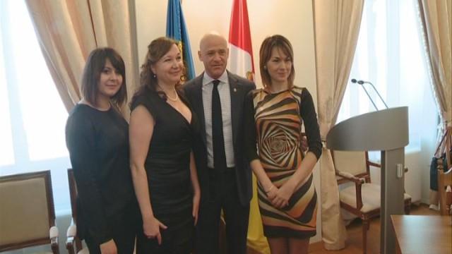 Поздравления мэра женщинам-участницам АТО
