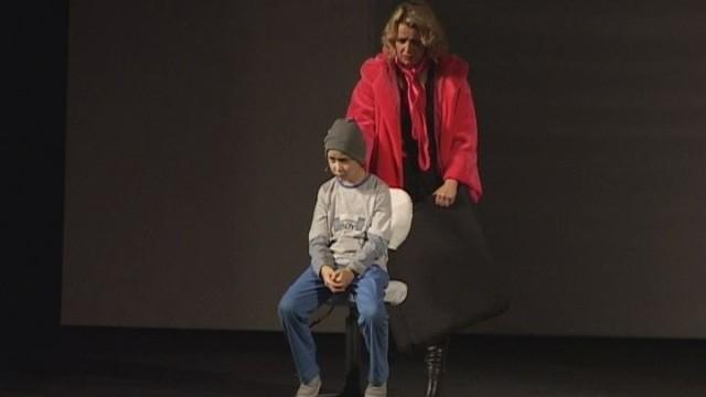 Социальные проблемы тяжелобольных детей в спектакле