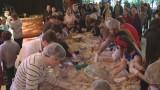 Одесситы побили украинский рекорд, слепив 5247 вареников