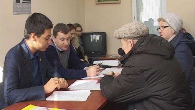 Прием граждан. Виктор Баранский
