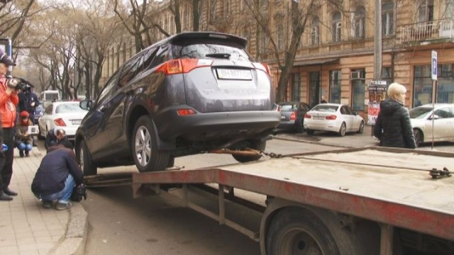 Рейд полиции: нарушители правил паркования