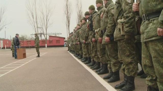 Бойцы подразделения «Шторм» получили награды «За оборону Мариуполя»