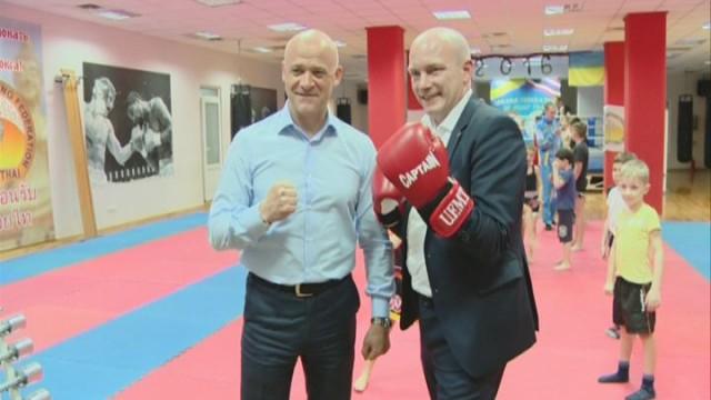 Мэр Регенсбурга ознакомился с развитием тайского бокса в Одессе