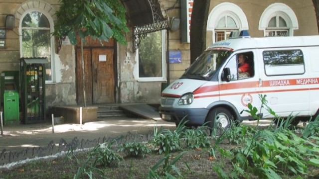 Еврейская больница: жизнь идет, работа кипит