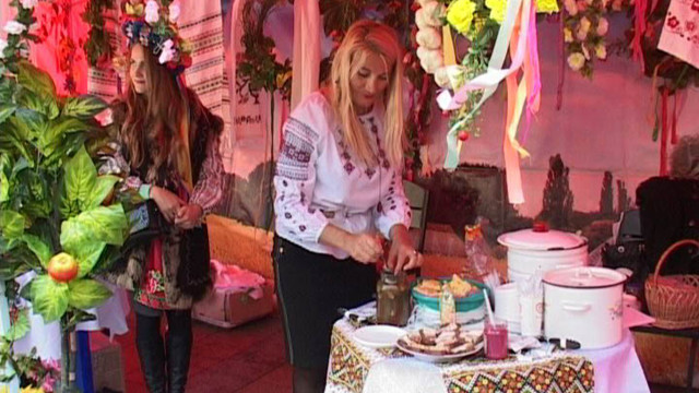Ярмарка кухонь на Думской площади