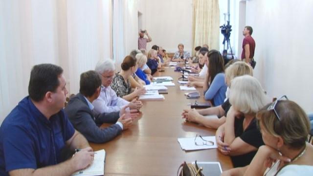 В мэрии состоялось заседание комиссии по вопросам питания