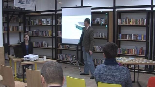 Лекції в бібліотеці до 100-річчя революції