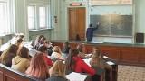 Физический факультет: от Менделеева до сегодня