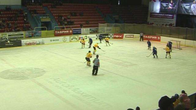 В Одессе прошел хоккейный матч среди женщин