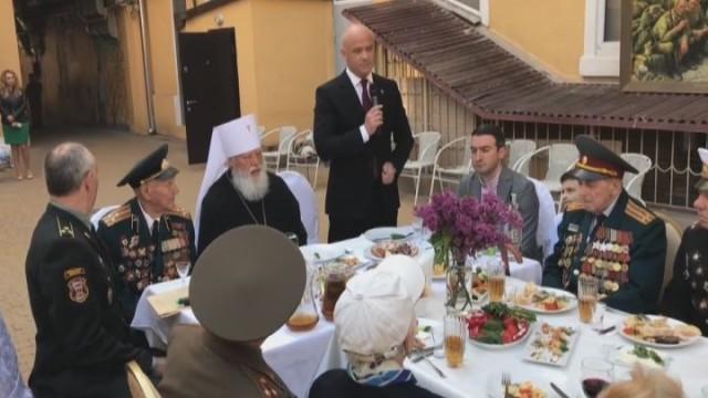 Митрополит Агафангел поздравил одесских ветеранов