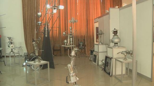 Железный сад скульптур: инсталляция будущего
