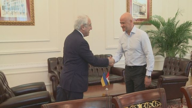 Мэр Одессы встретился с греческой делегацией