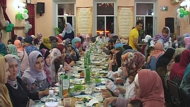 Месяц Рамадан: женщины-мусульманки Одессы