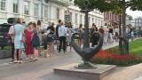 Одесса читает! Сотни людей создали живую цепь