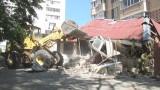 Снос незаконного здания в Суворовском районе
