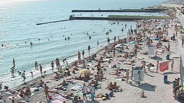 Одесситы хотят пользоваться пляжами