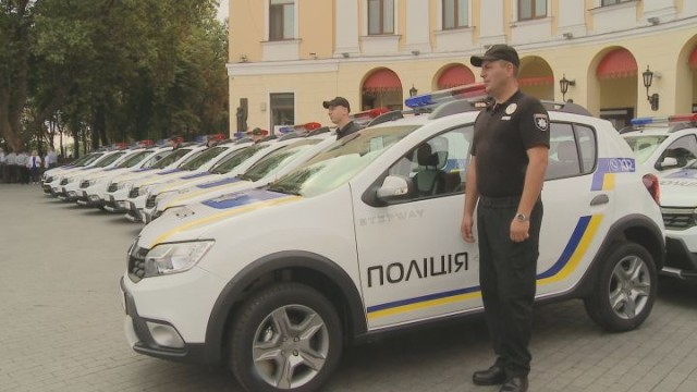 Новые авто — подарки для одесской полиции