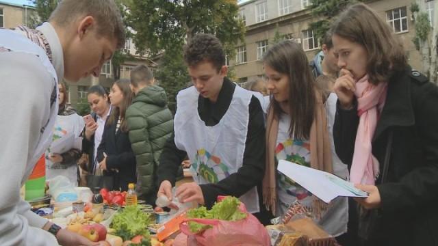 В Академии пищевых технологий провели Food race