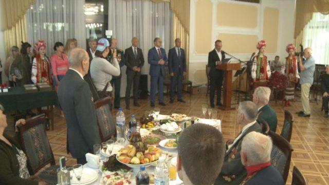 В Одессе накануне праздников поздравили ветеранов