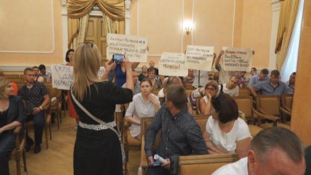 Одесский горсовет: на сессии присутствовали активисты