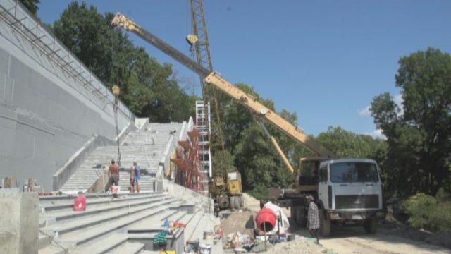 Строительство Греческого парка продвигается по графику