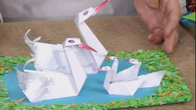 Лебідь з бумаги своїми руками. Аплікація «Лебедине озеро»