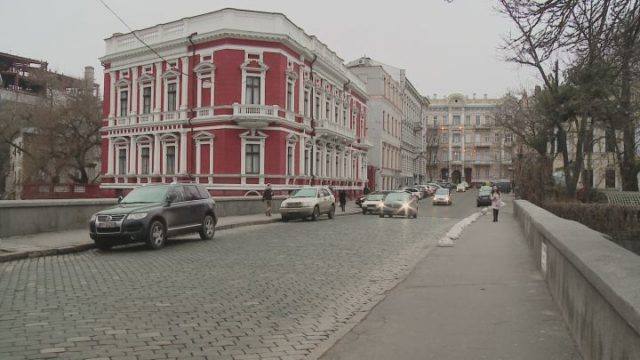 Одеські фасади знов вирішили врятувати