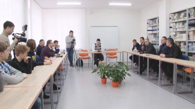 Про бізнес-клімат в Україні поговорили зі студентами та старшокласниками