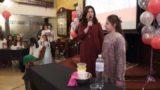 Мега-хала — свято для мам і дочок