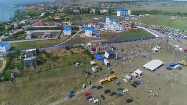 Перший в Україні масштабний фестиваль «Покровське поле»