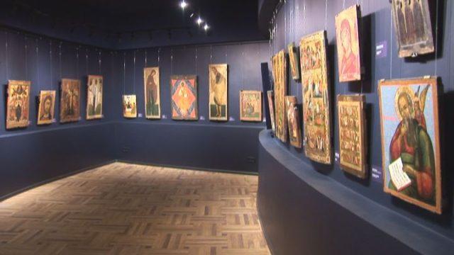 Відновлений іконний зал