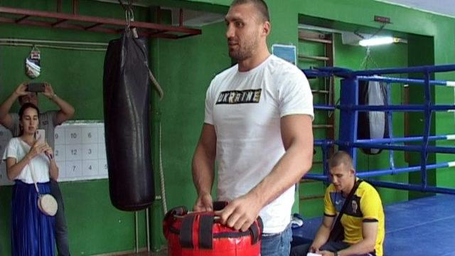 Чемпіони — учням: Одеська обласна Федерація боксу