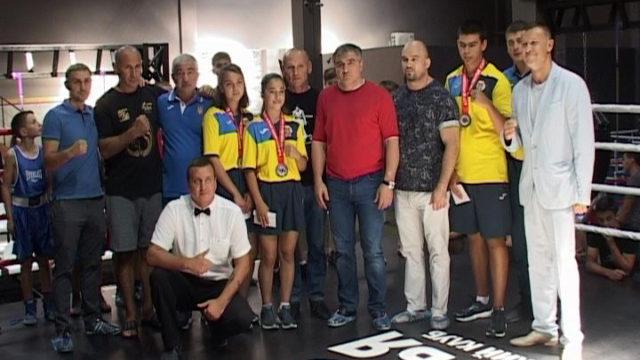Спортивні вихідні: нагородження призерів та дружні матчеві бої