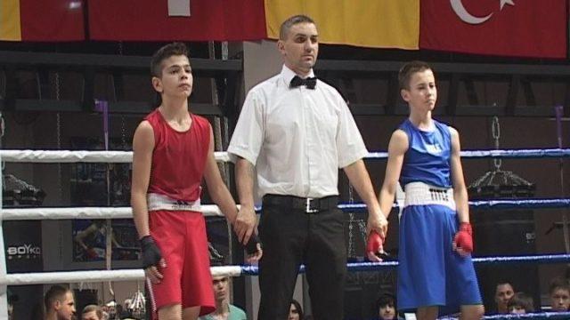 Нові зірки боксу. В Одесі пройшов обласний чемпіонат