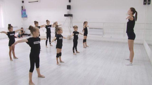 Танцювати може кожен: новий сезон у школі Влада Ями