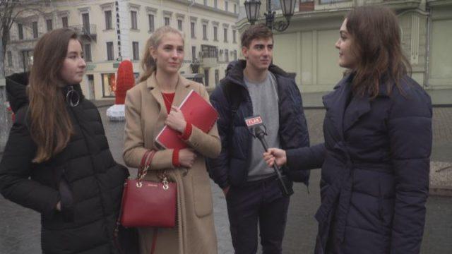 25 грудня чи 7 січня: коли українцям святкувати Різдво?