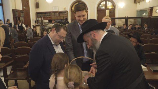 Максим Куций відвідав синагогу Хабад