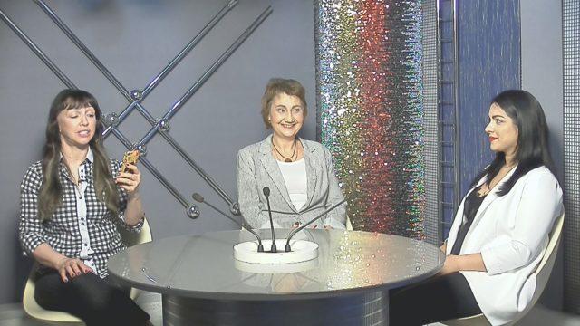Ольга Рыбачек и Эсмира Рыбачек / 08 июня 2020