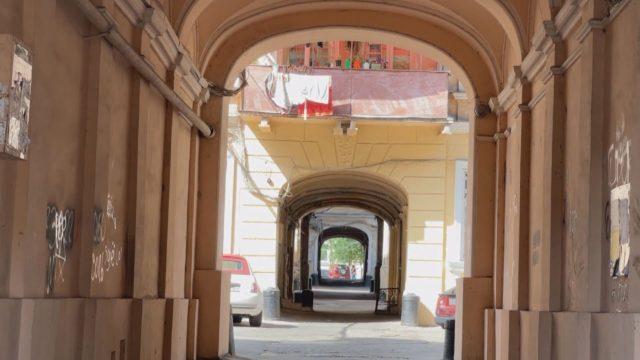 По той бік: прогулянка одеськими двориками